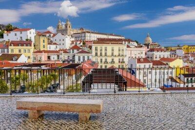Quadro Lisbona paesaggio urbano - architettura tradizionale, quartiere Alfama, Lisbona, Portogallo.
