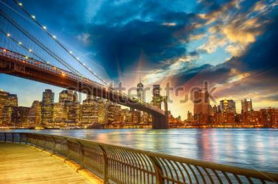 Quadro Manhattan, New York City. Spectacular sunset city view.