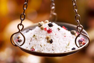 Quadro mix di sale e pepe in pesi ciotola d'epoca