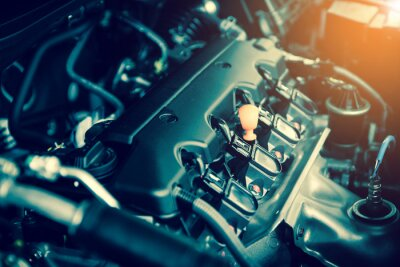 Quadro Motore potente di un'auto. Disegno interno del motore con combustione e valvola in tono scuro