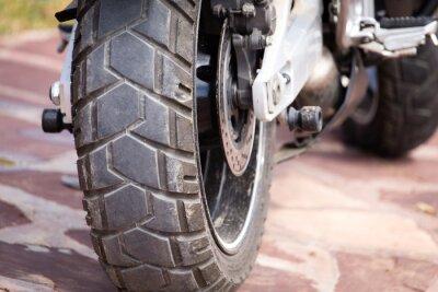 Quadro parti metalliche su una moto