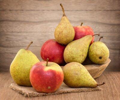 Quadro Pere e mele sul tavolo di legno