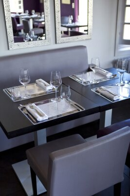 Quadro Ristorante, salle, bistrot, tavoli, couverts, gastronomie
