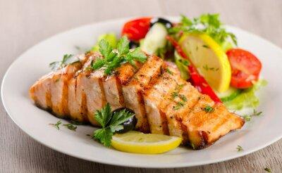 Quadro Salmone con insalata fresca.