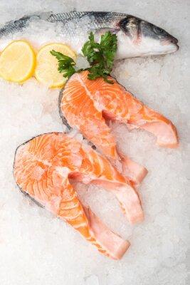 Quadro sgombro pesce intero e salmone