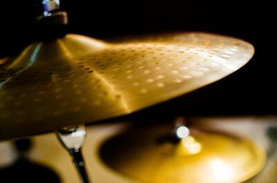Quadro Tamburi, Piatti e strumenti