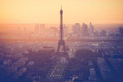 Quadro Tramonto alla Torre Eiffel a Parigi con filtro d'epoca