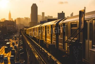 Quadro Treno della metropolitana di New York al tramonto