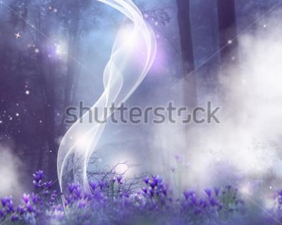 Quadro Uno sfondo fantasy con fiori viola e effetti magici.