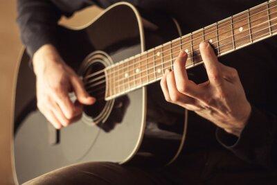 Quadro Uomini che giocano chitarra close-up shot