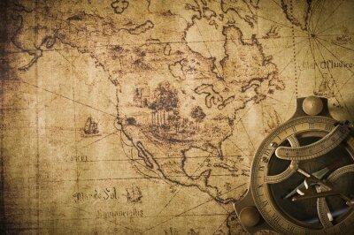 Quadro vecchia mappa con bussola