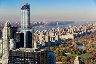Quadro Veduta aerea del Central Park in autunno con Upper West Side di Manhattan, New York City. La vista include grattacieli di Midtown, il fiume Hudson e il ponte George Washington.