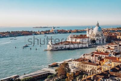 Quadro Vista aerea panoramica di Venezia dal Campanile di San Marco. Canal Grande, Basilica di Santa Maria della Salute. Italia