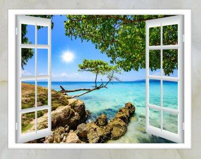 Quadro vista della finestra aperta della buona estate tempo di mare