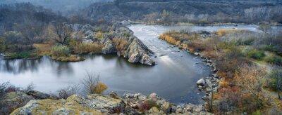 Quadro vista panoramica sul fiume in autunno