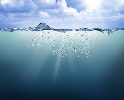 Quadro vista subacquea con acqua blu